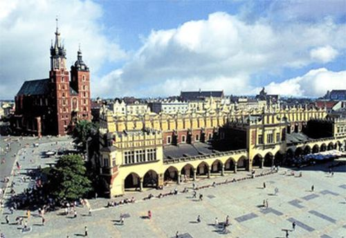 widok na sukiennice w Krakowie